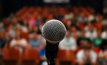 سخنرانی در جمع